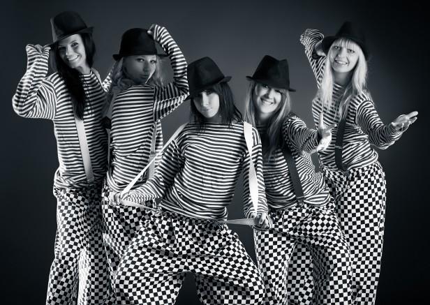 Five women team